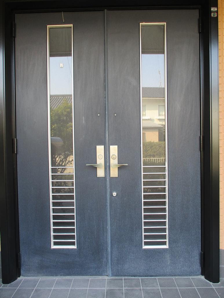玄関ドアB