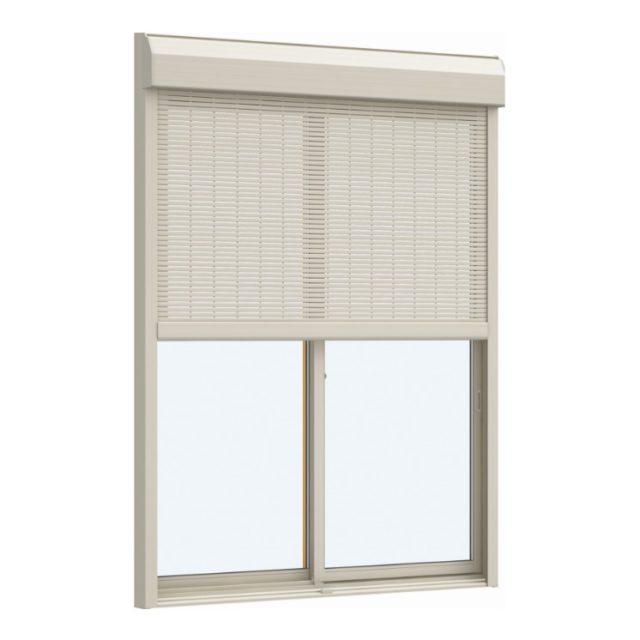 窓にシャッターがセット